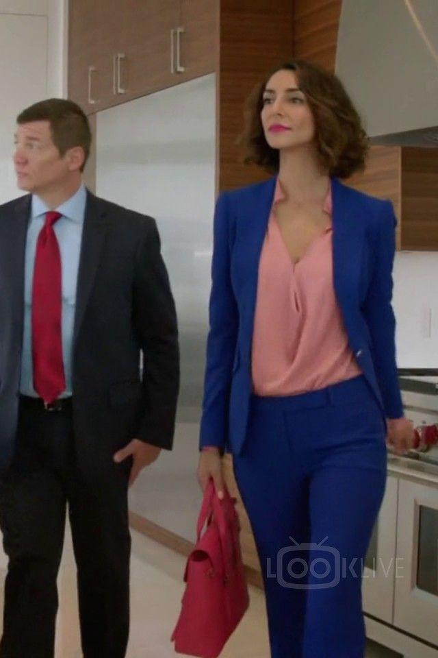 Necar Zadegan Delia Banai Girlfriends' Guide To Divorce S02E04 You Can Go Home Again
