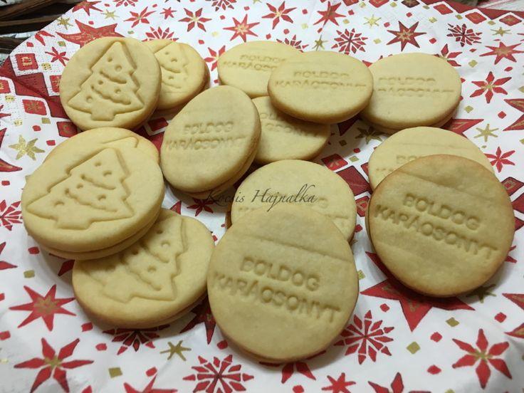 sütipecsétes keksz receptje, tölthető lekvárral, nutellával, karamellel... recept fázisfotókkal, Kocsis Hajnalka receptje