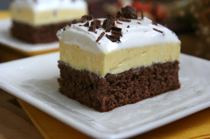 Csokoládés vaníliakocka – ezt az ellenállhatatlanul fincsi sütit mindenki szereti! Olcsó és egyszerű recept :)