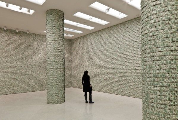 First Look: Hans-Peter Feldmann Hangs $100,000 in Dollar Bills on the Walls of the Guggenheim Museum