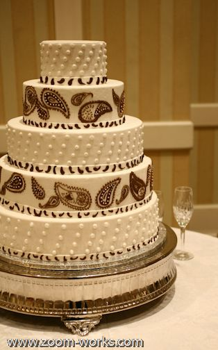 31 best wedding Cakes images on Pinterest Paisley wedding cakes