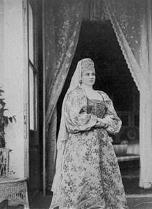 Зинаида Николаевна Юсупова в костюме боярыни.