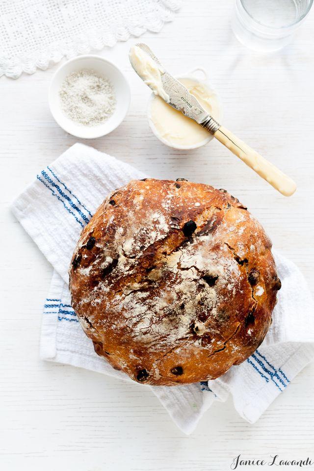 no-knead cinnamon raisin bread | Janice Lawandi @ kitchen heals soul