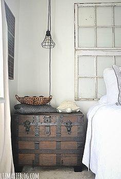 cambio de imagen dormitorio de invitados, dormitorio Ideas, decoración del hogar, nos hizo una mesita de noche de un tronco de época antigua