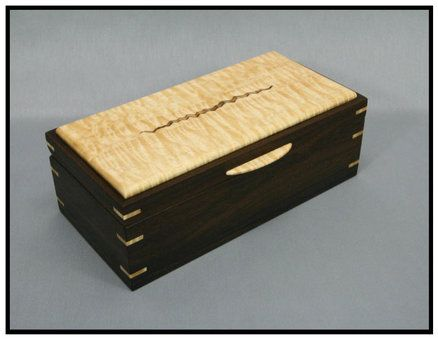 "Keepsake box with unique ""wood pattern"" - by majeagle1 ..."