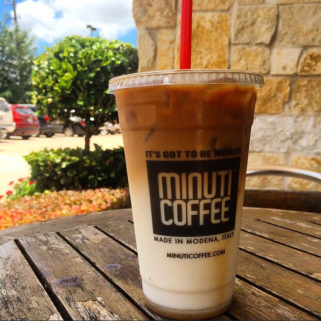 It's hot outside today. Come join us with an Iced Caramel Machiato to keep you going through the weekend!☀️ #MinutiCoffee #MinutiSugarLand #Coffee #Espresso #CaramelMachiato #Latte #LatteArt #Hot #Outside #Houston #Htx #DowntownHouston #MidtownHouston #SugarLand #Texas