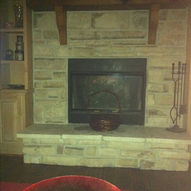 Love this fire place!!: Living Rooms, Basements Ideas, Fire Places