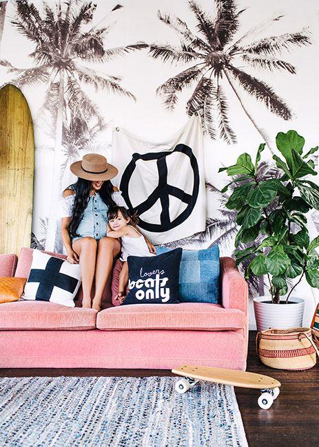 Peace & Love sejour miami beach-rose-planche-surf-canape-tenture-palmier