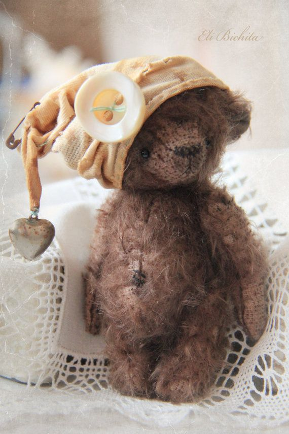 Artist teddy bear OOAK vintage mohair handmade by elibichita: