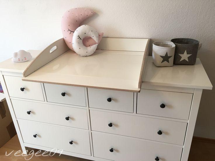 les 25 meilleures id es de la cat gorie wickelaufsatz sur pinterest wickelaufsatz hemnes. Black Bedroom Furniture Sets. Home Design Ideas