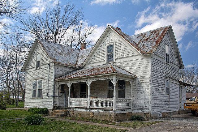 Lovely old farmhouse.