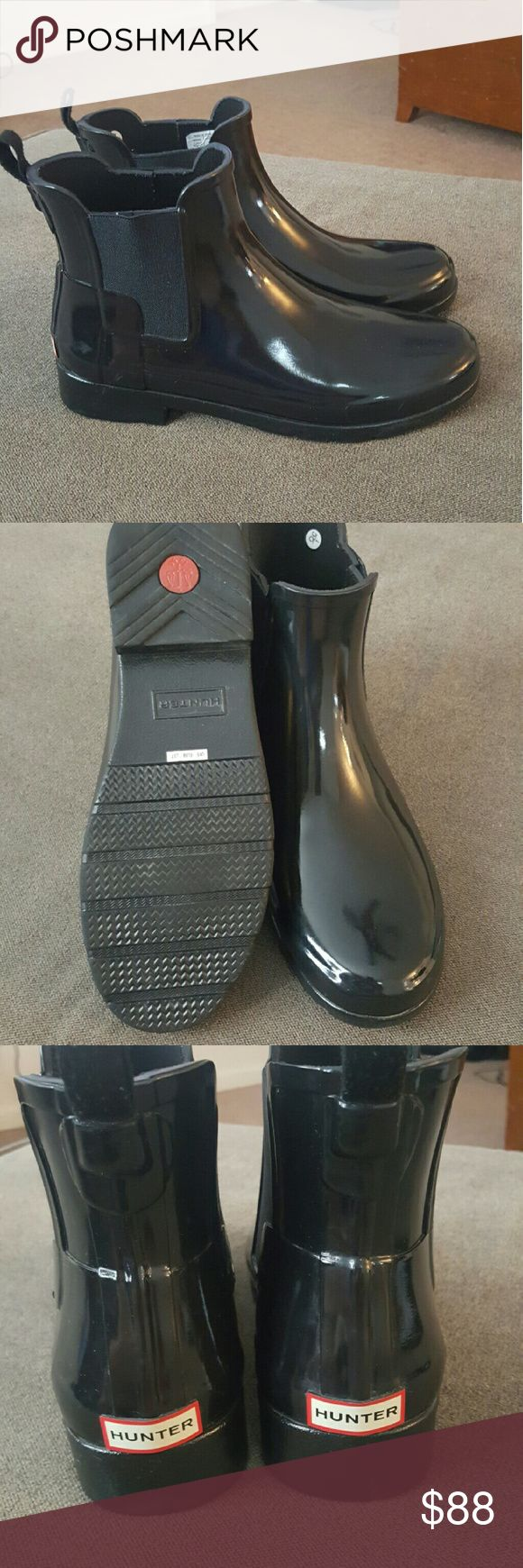 Hunter Chelsea refined boot, gloss finish! Beautiful Hunter short rain boots!  Great condition!  Small scuff on right boot - see pic #4.  Reasonable offers welcome. Hunter Shoes Winter & Rain Boots