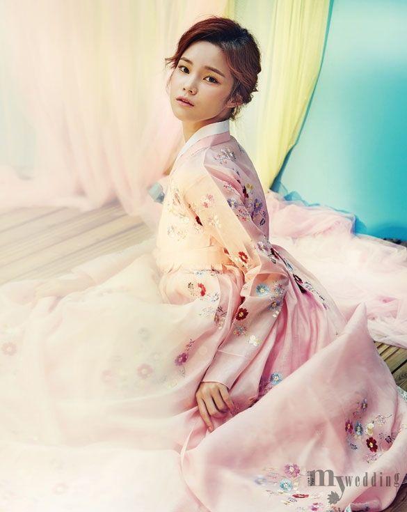 Han Eu Ddeum by Kim Ji Won for My Wedding Korea Oct 2015