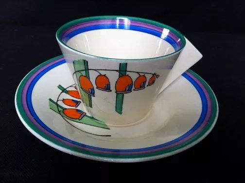 CLARICE CLIFF SOLOMAN'S SEAL, A RARE LARGE CONICAL BREAKFAST CUP & SAUCER