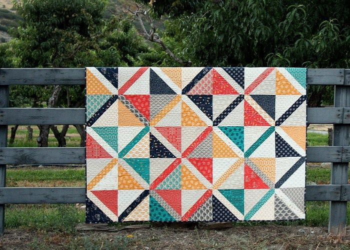 Pre-Cuts Quilt Patterns; Another simple project from the class is this large Cross-hatch quilt. This one is made using 10″ x 10″ pre-cuts and 2 1/2″ pre-cuts.