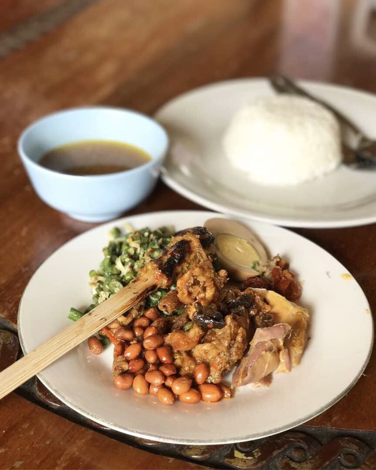 Nasi Campur Ibu Mangku, Ubud (Bali)