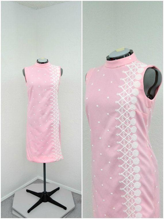 Vintage 60s Mod Light Pink Shift Dress, Space Age Dress, Polka Dot Dress, Embroidered Dress, High Collar Sleeveless Short Dress, Size L XL