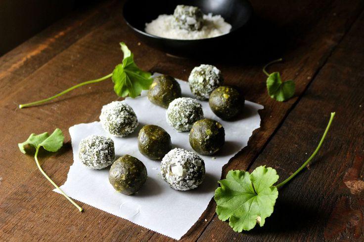 Matcha Cashew Coconut Energy Balls | Naked Cuisine