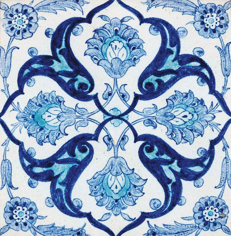 Kütahya pottery tile with blue and white decoration - Ottoman Turkey, circa 1900