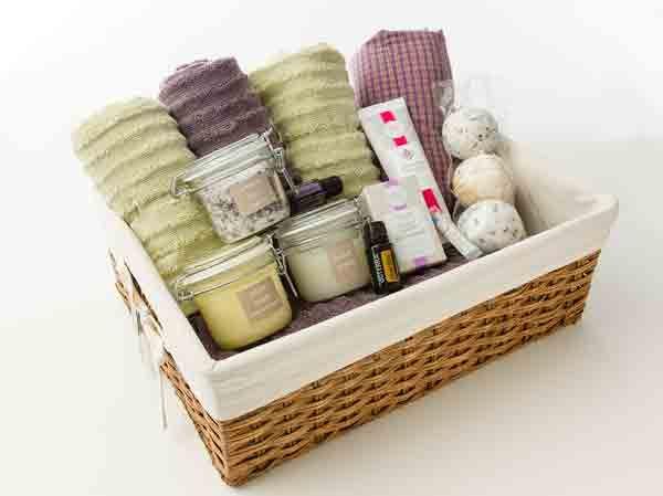 Best 25+ Spa Gift Baskets Ideas On Pinterest