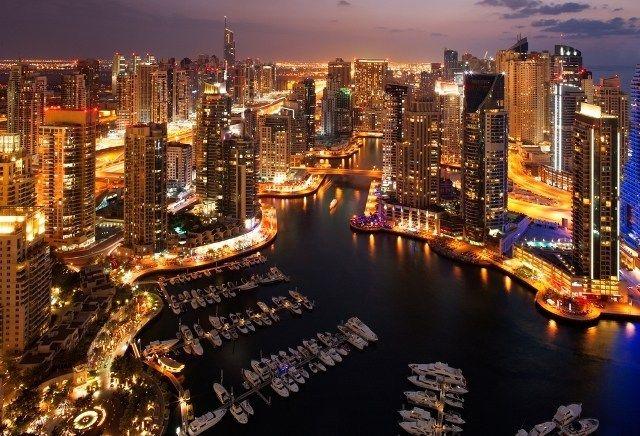 مرسى دبي دبي مارينا من افضل اماكن سياحة في دبي Skyline New York Skyline Travel