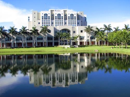 FIU Florida International University