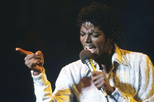 Michael Jackson's Singles Sell 4 Million U.K. Copies In 5 Years | Billboard