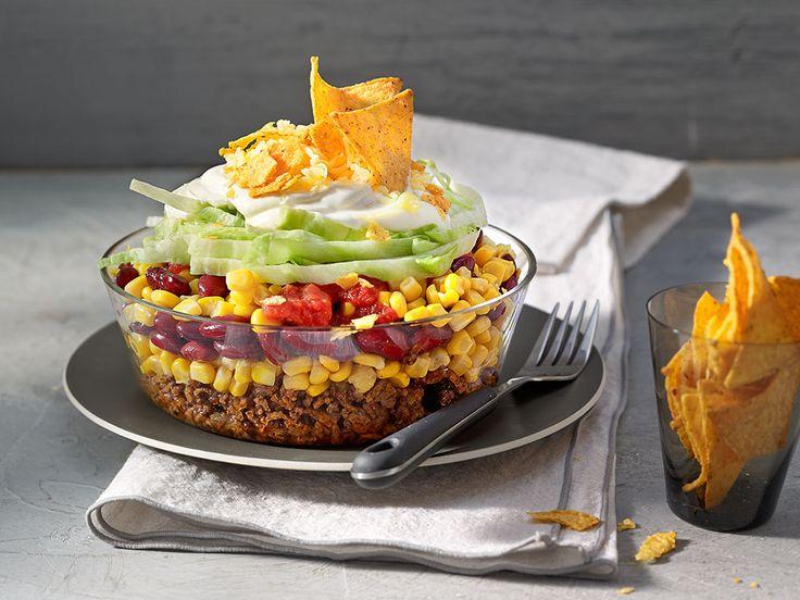 Nacho - Salat mit Kidney Bohnen und Mais Taco Salat  Mexikanischer schichtsalat