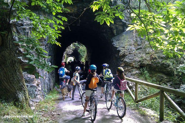 Senda del Oso en bici, Asturias. Planes con niños en Asturias. http://www.deporventura.es/