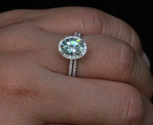 14k White Gold 9x7mm Aquamarine Oval and Diamonds Wedding or Engagement Ring Set(Choose color and size options at checkout)