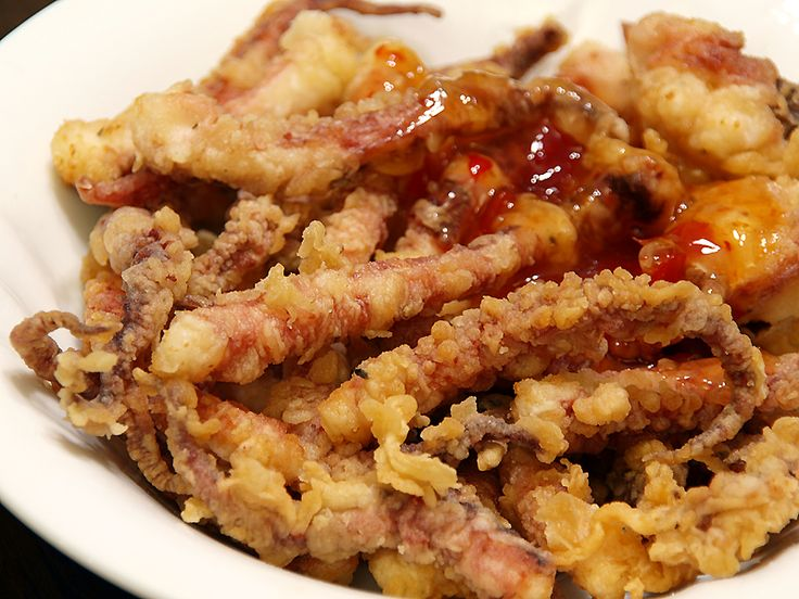 Ika Geso Age in Japanese, Muc Chien in Vietnamese or Crispy Deep Fried Squid is a simple deep fried squid dish popular in East Asia and South East Asian cuisine, similar to calamares but...