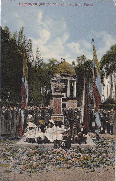 Inauguración del busto a Camilo Torres en el Parque de la Independencia en Bogotá. Julio de 1910
