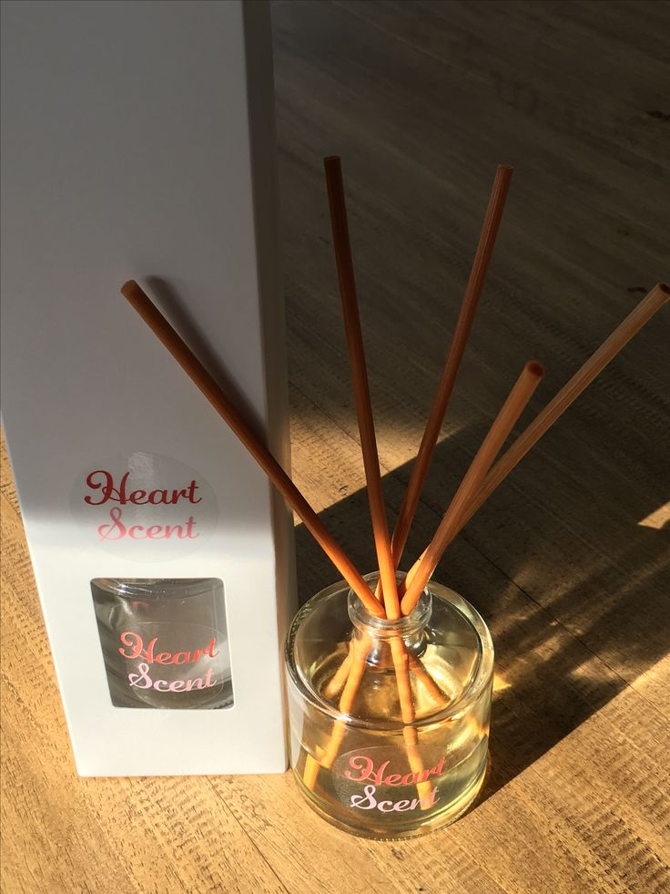 Gorgeous beautifully scented, long lasting diffusers, in round or cubic glass. Natural or black reeds.