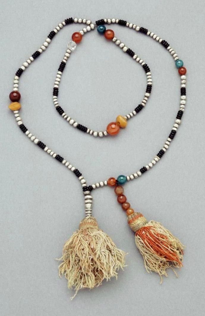 Morocco   Amber, silver, cornelian, quartz and vegetal fiber   African Museum (Belgium) Collection; acquired 1982