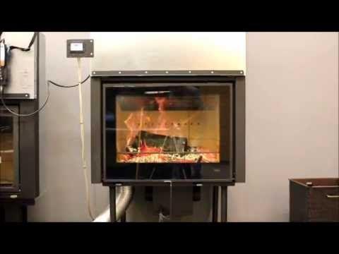 Film przedstawia kilka prostych zasad jak ekologicznie i bezpiecznie palić w nowoczesnym wkładzie kominkowym na przykładzie wkładu Hajduk Volcano 1V.