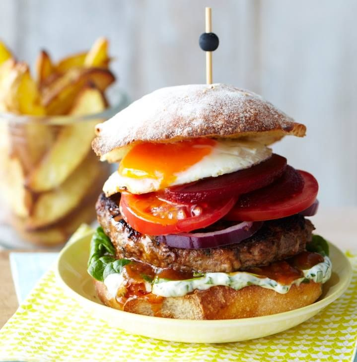 Chelsea's Ultimate Kiwiburger