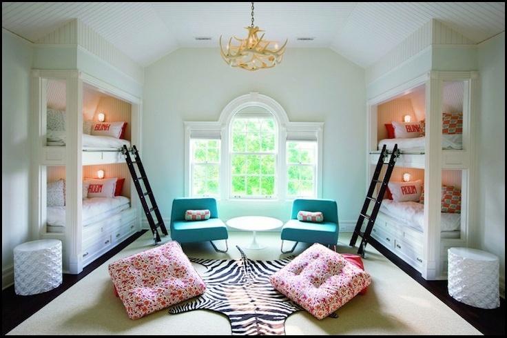 A sleeping room....at a beach house