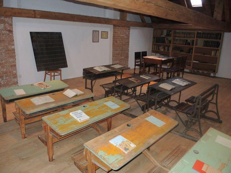 Zchátrající kůlny v Holasovicích na Opavsku se stalo venkovské muzeum   Nejkačka eu