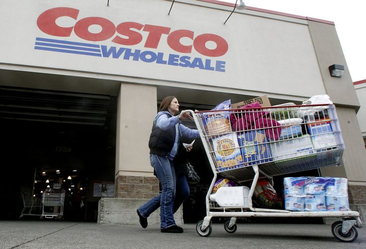Citigroup Inc. will become the exclusive issuer of Costco's credit cards and  Visa Inc.  will replace American Express asthe credit-card network for Costco's stores starting in 2016, the retailer announced Monday.