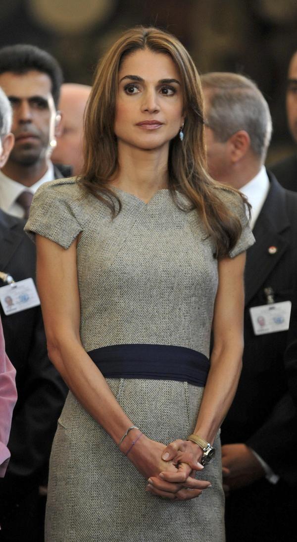 ★ L' Etoile | sophistiqué belle femme Reina Rania . Queen Rania al Abdullah