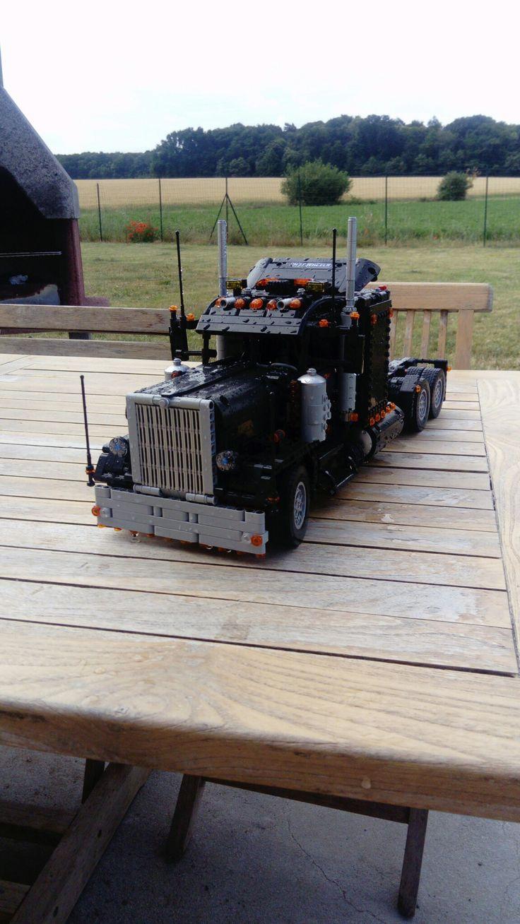 Lego 8285