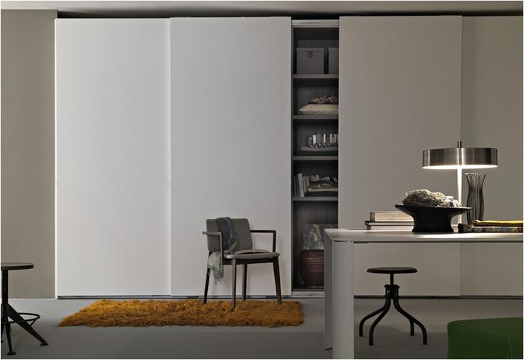 Armarios Lema, puerta corredera Prima.  Muebles de diseño.