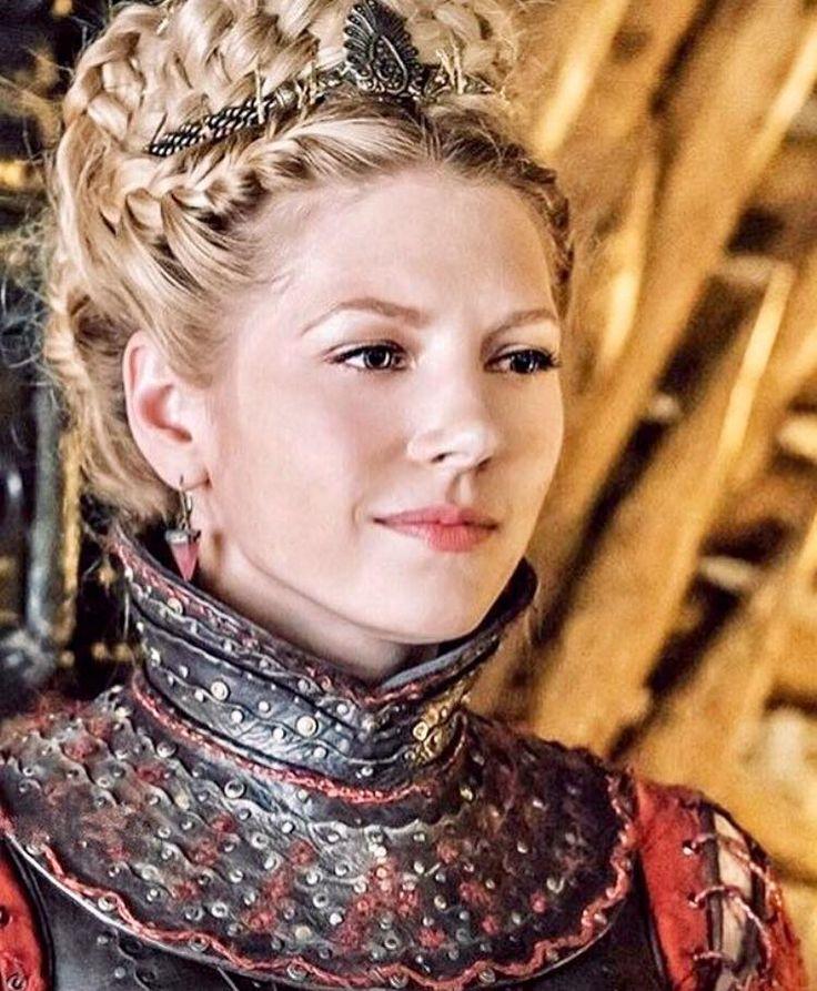 Katheryn Winnick as Queen Lagertha #vikings