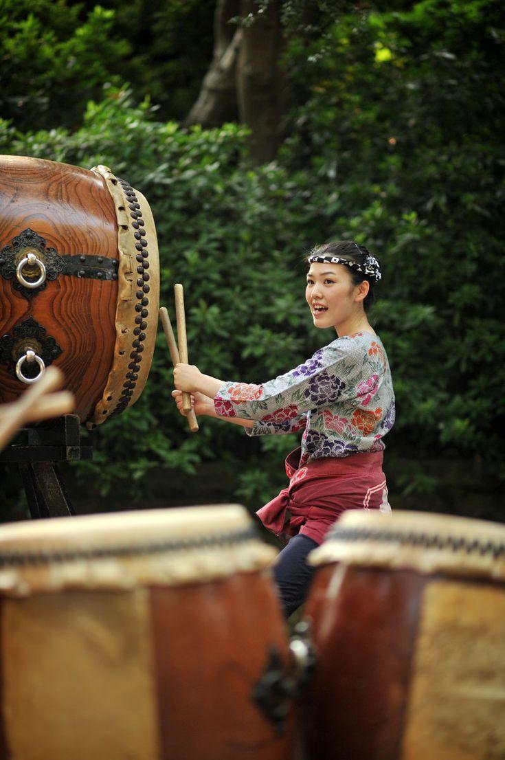 Taiko drummer, Nezu Shrine