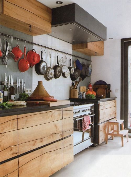 Those wooden cabinets are lovely.