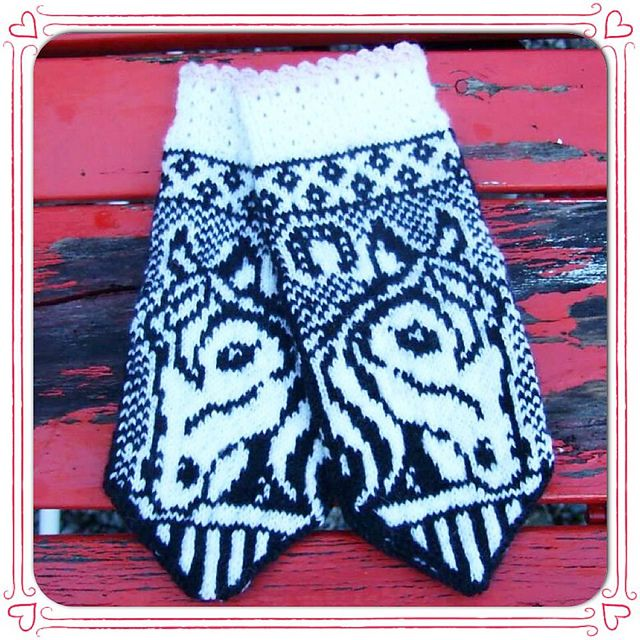 Ravelry: Irma horse mittens pattern by JennyPenny