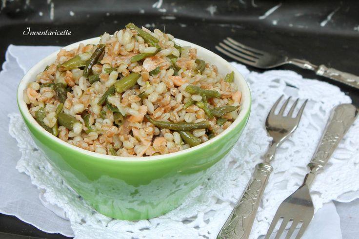 Orzo e Farro con Fagiolini e Salmone . Una insalata ricca e profumata, velocissima da preparare, leggera e gustosa. La preparerete un milione di volte, ne