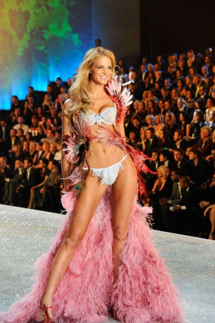 Erin Heatherton - 2013 Victoria's Secret Fashion Show