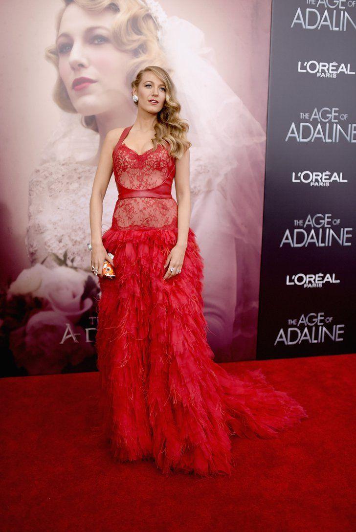 Pin for Later: Blake Lively ist auf dem roten Teppich genauso zeitlos wie in ihrem neuen Film Der Premieren-Look