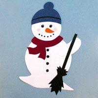 Schneemann aus Tonpapier